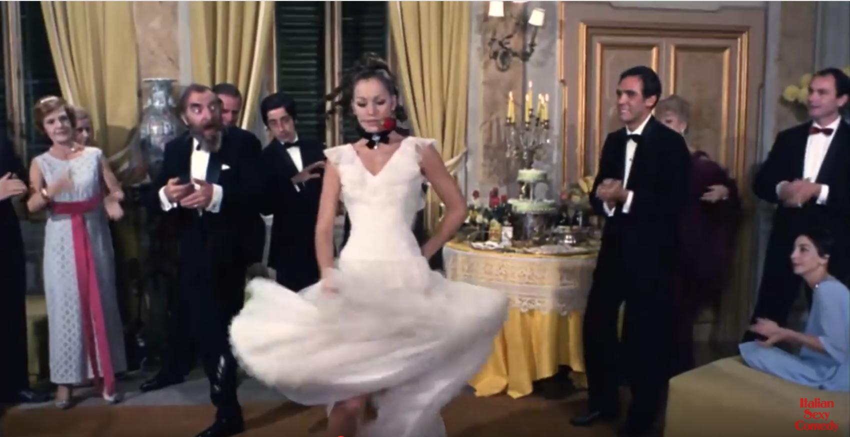 Foto Schauspielerin Catherine Spaak tanzt Flamenco