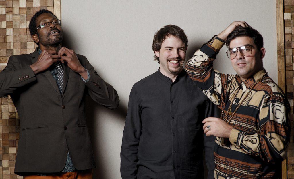 5 Daniel García Diego - Cuban Trio - afbeelding rechtenvrij - fotograaf Ernesto Cortijo Kopie 2